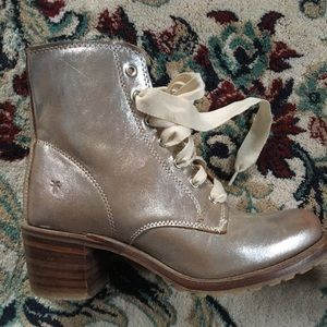 Frye Metallic Boot size 9